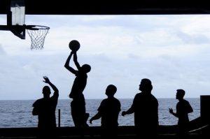 tienda de baloncesto